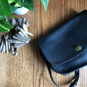 VTG Black Leather Coach Crossbody Bag